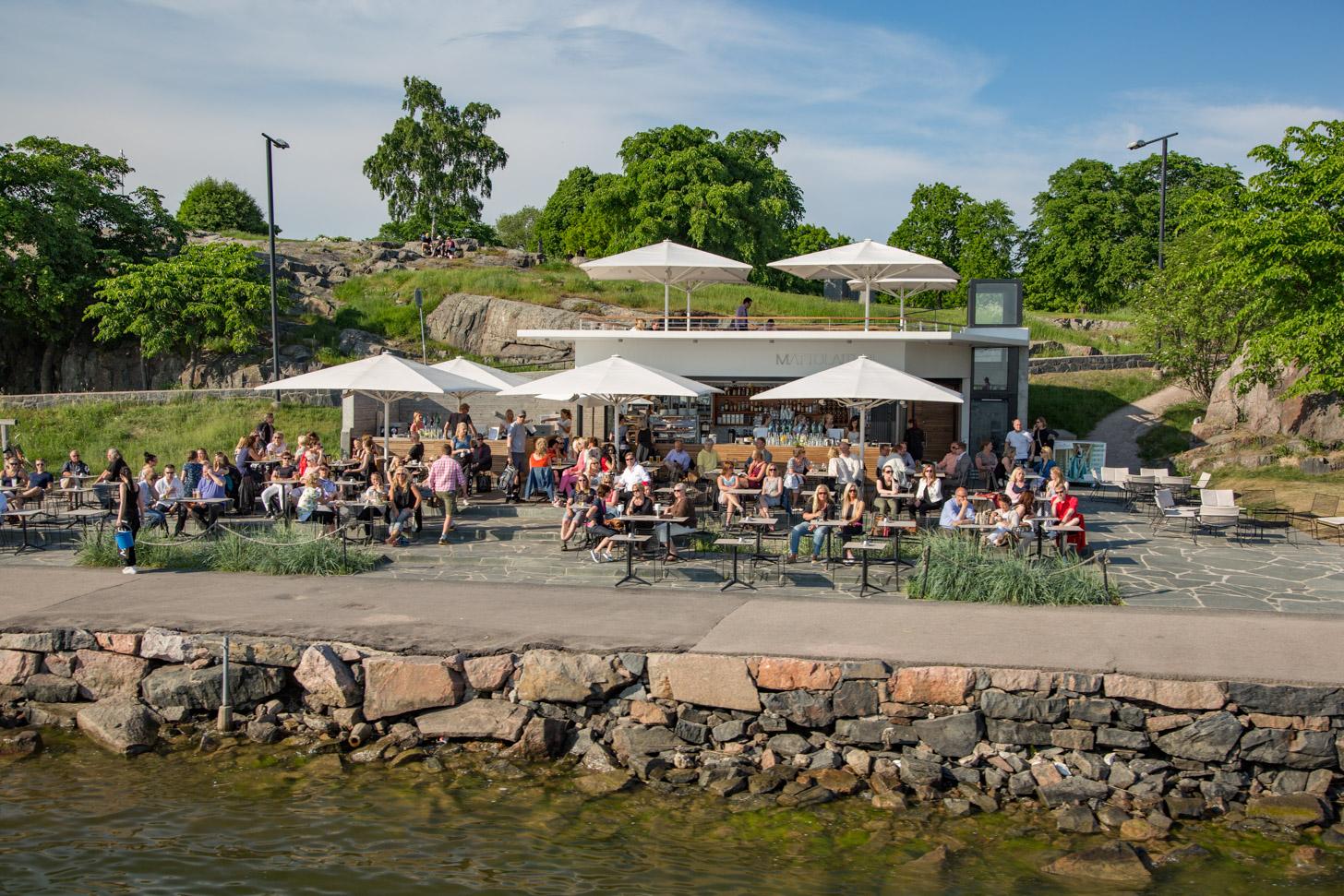 Gezelligheid op het terras in Helsinki